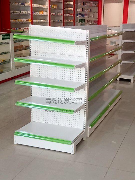 恭喜城阳某连锁药店在青岛钧发货架选购一批药店货架并顺利安装完成