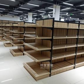 东营某连锁超市定制钢木结合安装完成