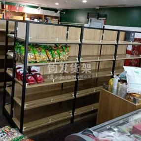 崂山区某连锁超市定制钢木货架安装完成