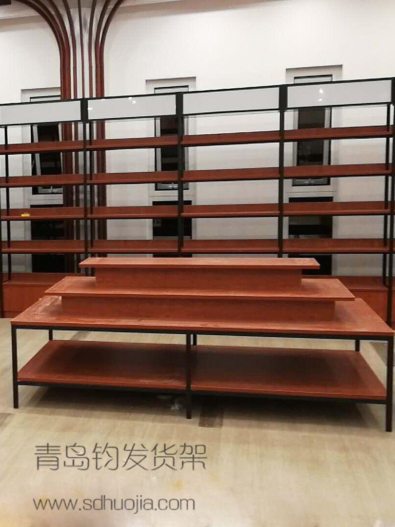 青岛客户安装我公司钢木货架展示货架效果