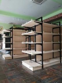 淄博恭喜某红酒专卖店在我公司定制一批钢木结合货架