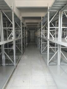 潍坊恭喜青岛某服装公司在我公司定制一批青岛中型仓库货架并顺利安装完成