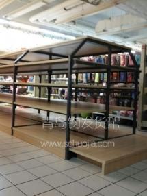 恭喜青岛莱西某精品超市在我公司定制一批钢木货架并顺利安装完成.