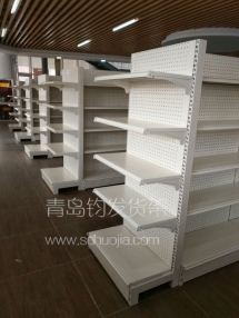 恭喜青岛城阳某便利店在我公司定制一批便利店货架并顺利安装